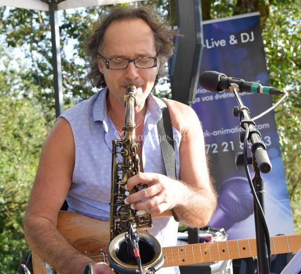 Missiak live saxo