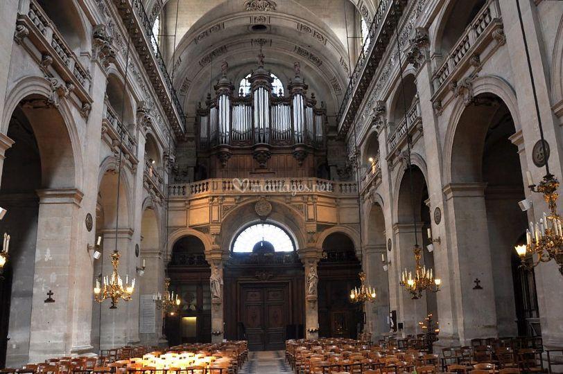 L'orgue à l'eglise