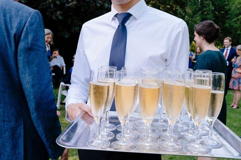 A l'heure du cocktail.