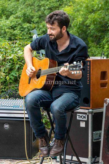 Antoine - guitariste du trio