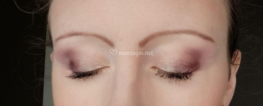 Maquillage prune/doré