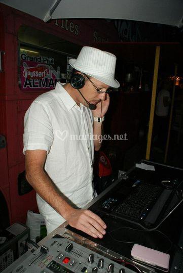 DJ Lorenzo