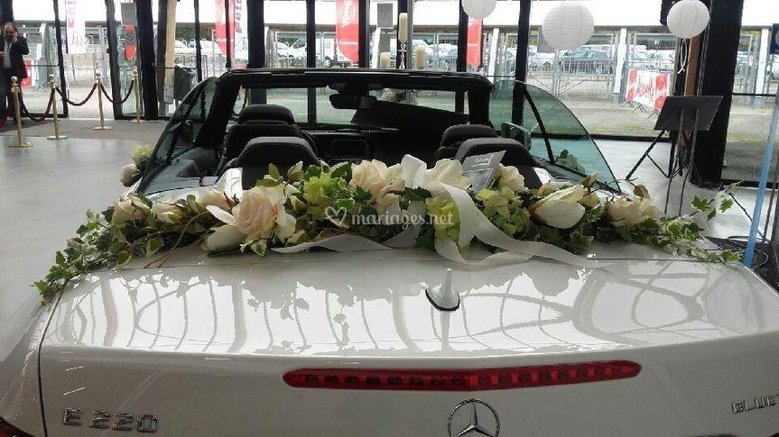 Décoration florale cabriolet