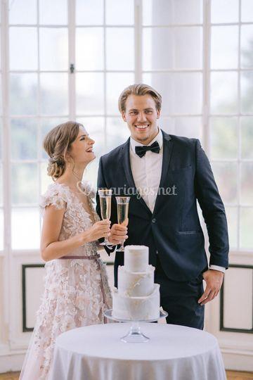 Couple * Wedding cake