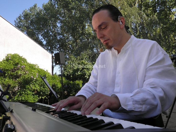 Piano-bar extérieur