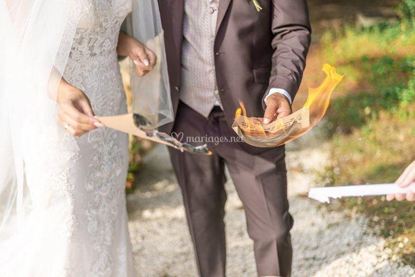 Rituel de brûler ses peurs
