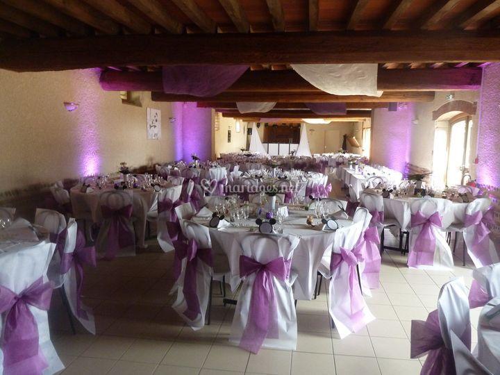 Salle en violet