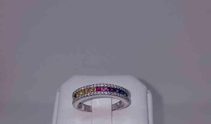 Bague or gris saphir diamant