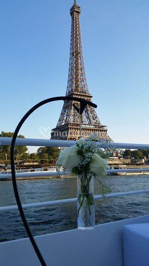 Support fleur paris