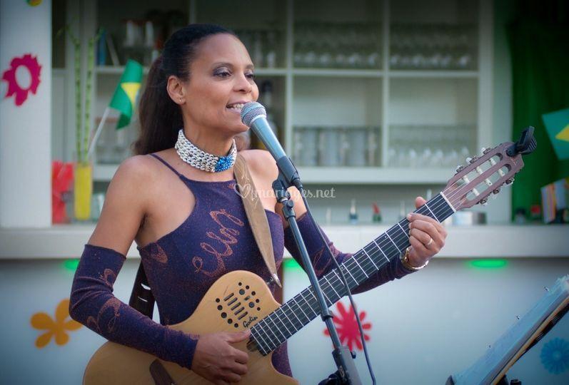 Chanteuse brésilienne