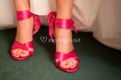 il y a peu nous vous parlions des chaussures colores pour la marie il est vrai quavant la plupart dentre vous choisissaient des chaussures blanches - Chaussure Fushia Mariage