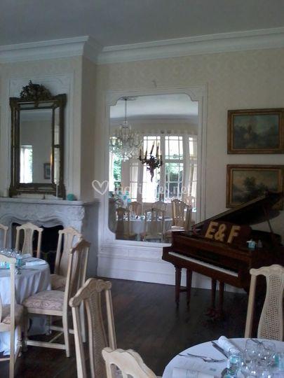 Piano attend pianiste