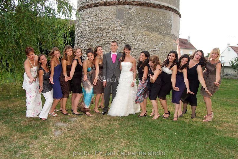 Les amies des mariés
