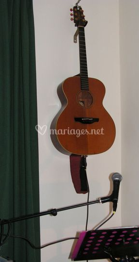 Guitare et voix solo