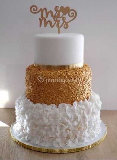 Wedding cake doré et blanc
