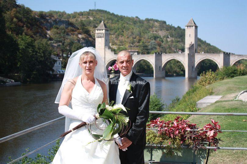Devant le pont Valentré