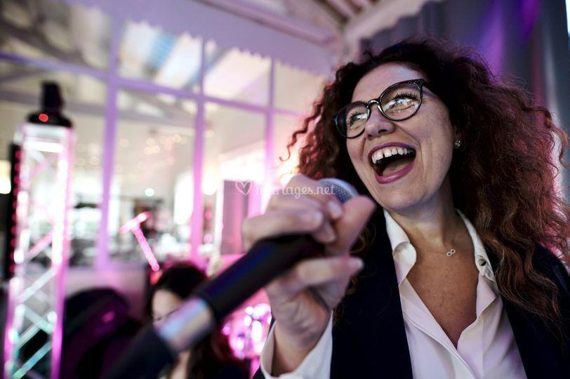 La chanteuse en concert