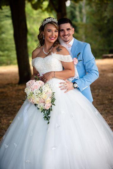 Bouquet de la mariée et bouton