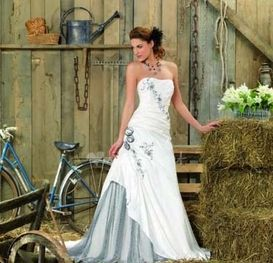 Robes de mari�es Point Mariage Collections 2013