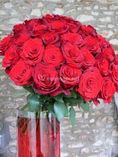 Bouquet de roses pour un buffet