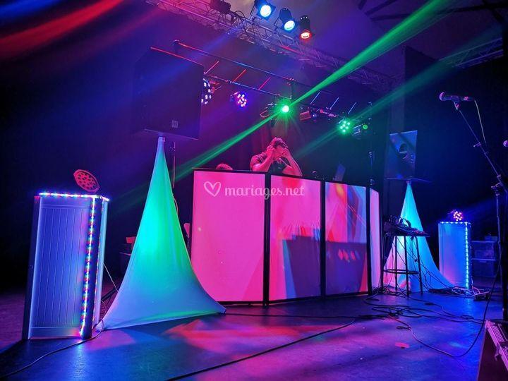 Podium DJ
