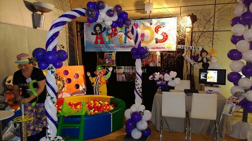 Apikids for Animation stand salon