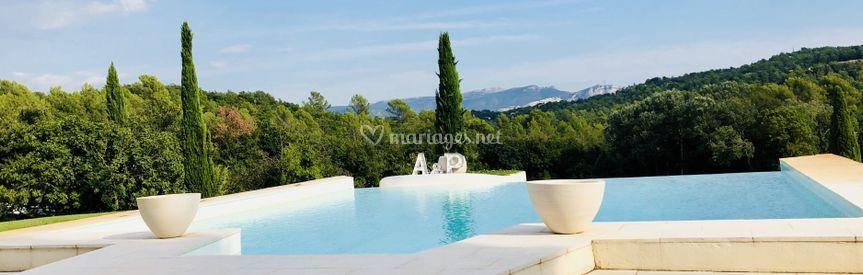 Vue panoramique espace piscine