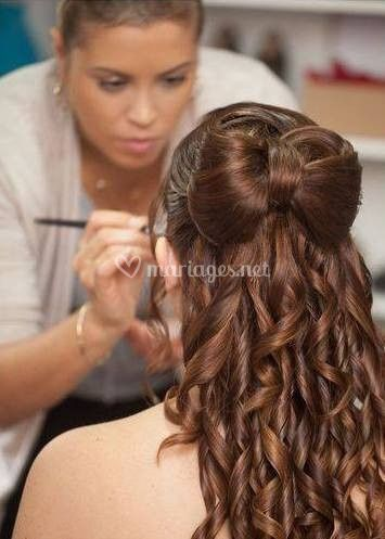 Maquilleuse Coiffeuse 77/91