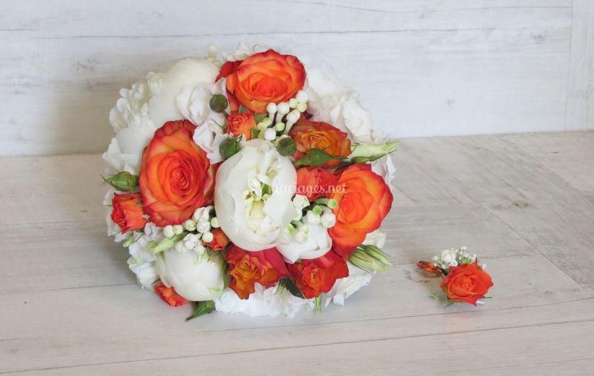 Pivoines blanches roses orange