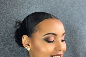 Tasha'Makeup