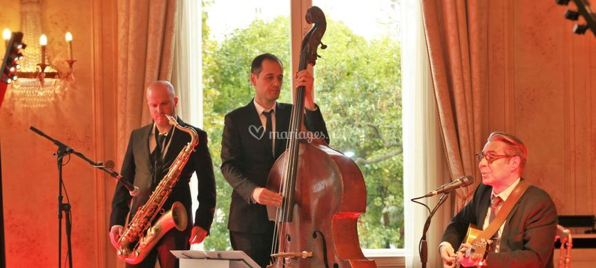 One Note Jazz Trio instru