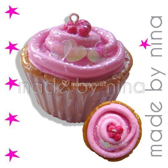 Pendentif cupcake, déclinable en bague, broche, epingle à cheveux, porte nom, ....