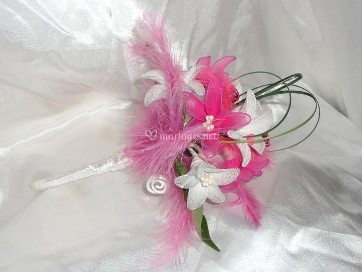 Bouquet artisanal rose et blanc