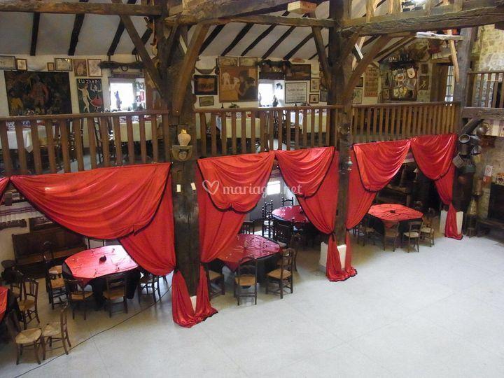 Saloon - Inharria