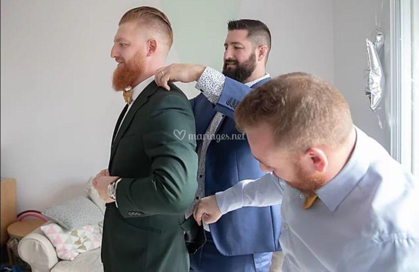 Le marié et ses témoins