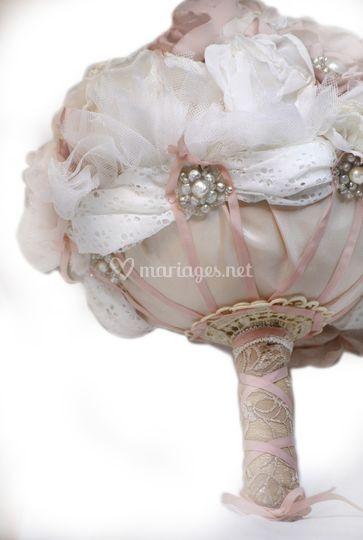 Bouquet-fleurs-en-tissu-hautes