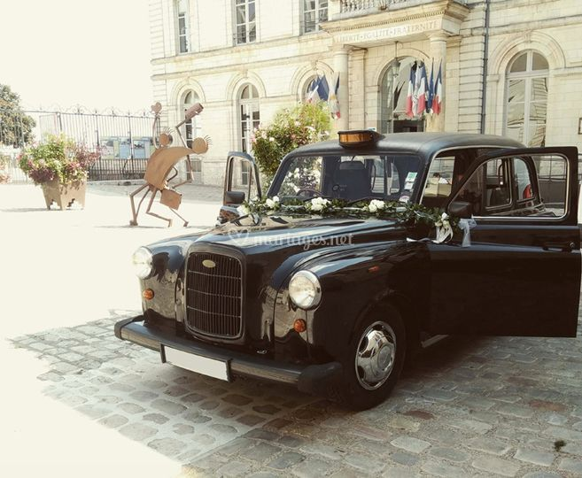 "Le ""Taxi Wendy"" Black Cab"