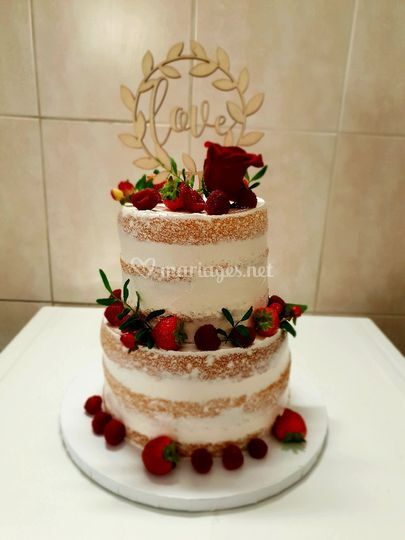 Nude cake red