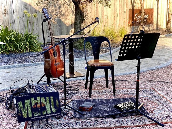 MANUacousticpoprock