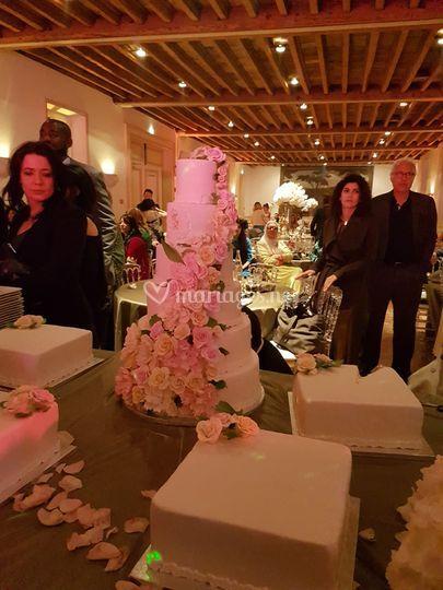 Wedding cake florale