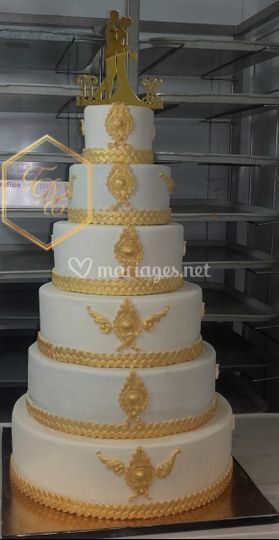 Wedding cake or baroque