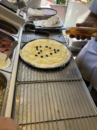 La pizza de cécile, la mariée