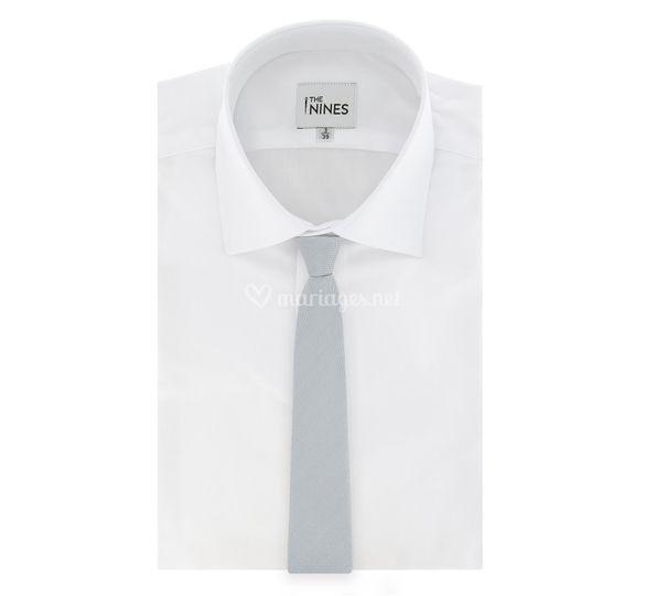 Cravate gris perle en soie