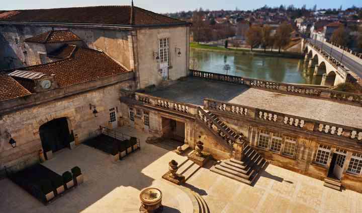 Cour d'entrée du Château