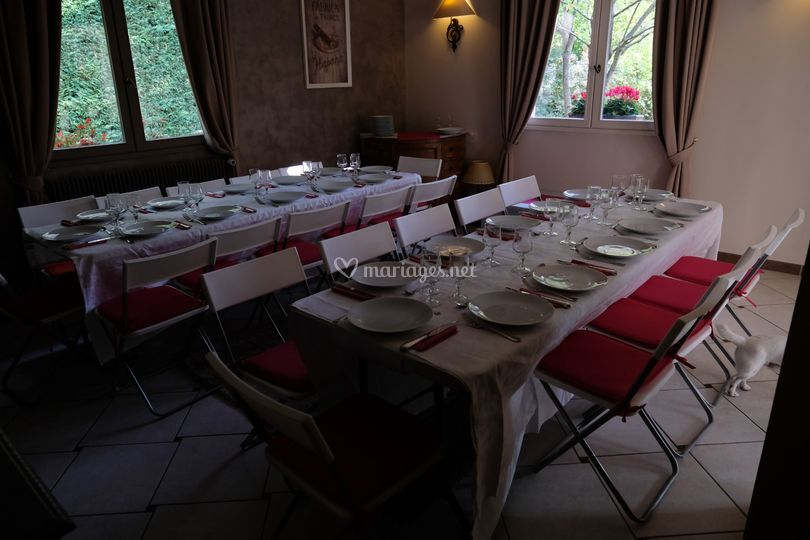 Diner assis 25 personnes