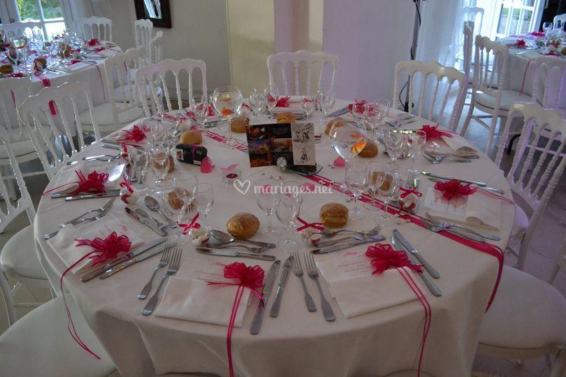 un dressage de table simple et raffin de au paradis des gourmets photo 7. Black Bedroom Furniture Sets. Home Design Ideas