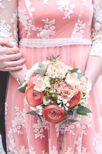 Bouquet de mariée saumon