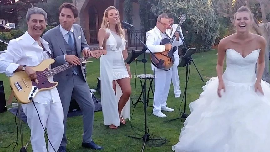 Des mariés heureux !