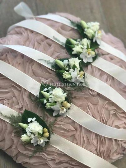 Bracelets en fleurs fraîches
