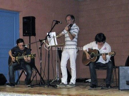 Le groupe en spectacle